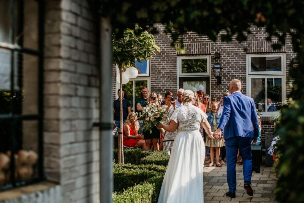 Trouwen in Genemuiden bij de Buitenhof met feest in de buitenlucht