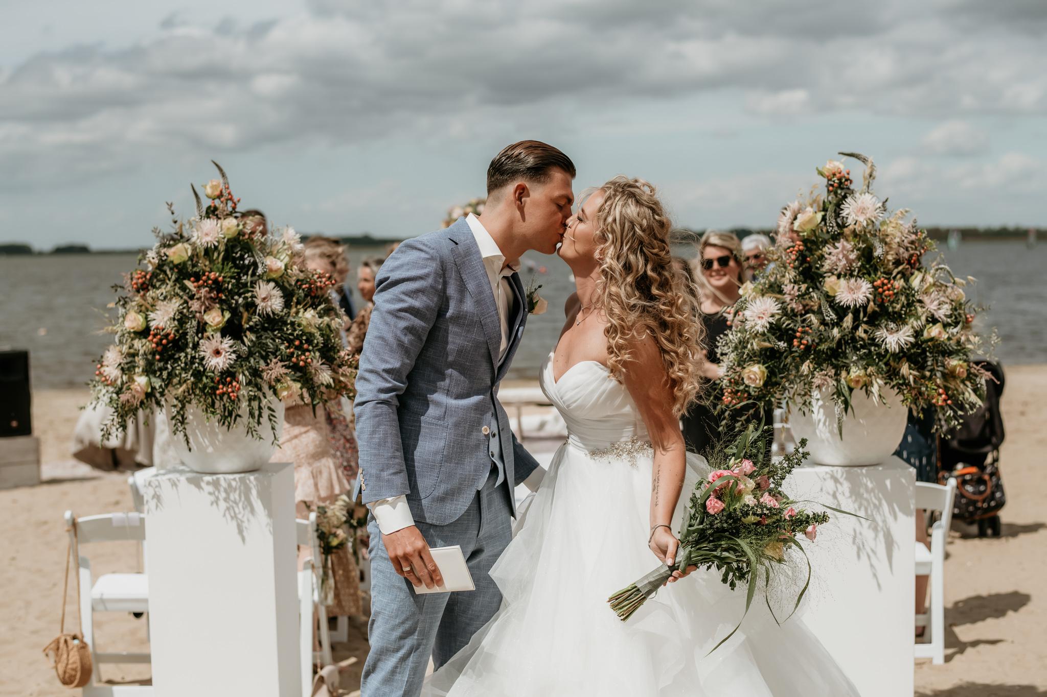 Strand bruiloft in Hulshorst